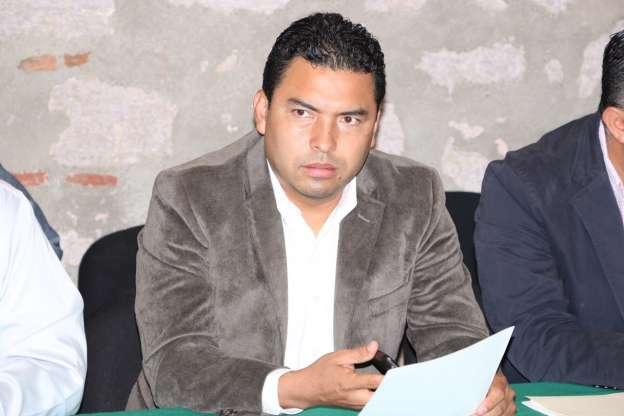 Destaca diputado Olivio López avances en compromisos de Enrique Peña Nieto con los michoacanos