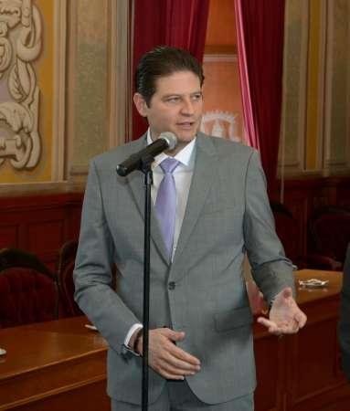 Analiza Alfonso Martínez viabilidad de la ciudad administrativa de Morelia