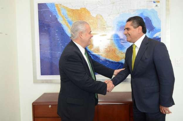 Se reúnen Silvano Aureoles y el Embajador de México en Estados Unidos