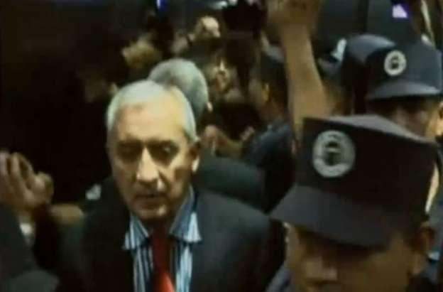 Dictan prisión provisional a expresidente de Guatemala