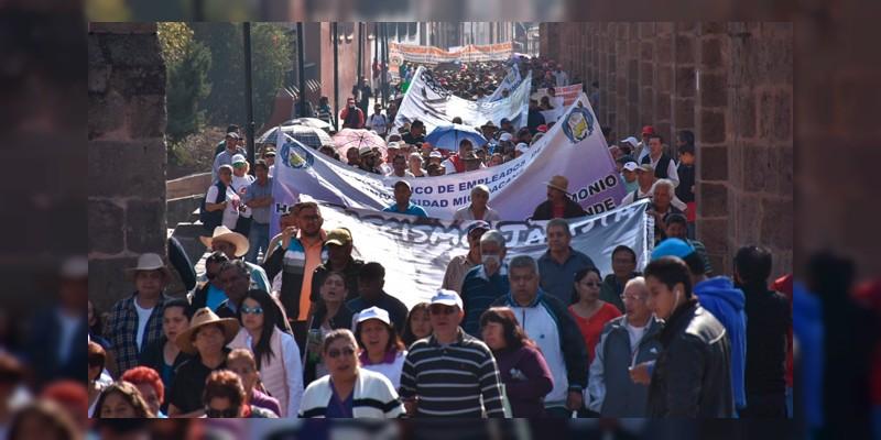 SUEUM Y SPUM realizan mitin frente a Palacio de Gobierno