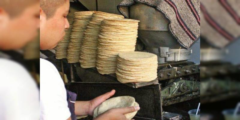 La tortilla podrá subir de precio y alcanzar hasta los $24.00 el kilo en este puerto de Lázaro Cárdenas