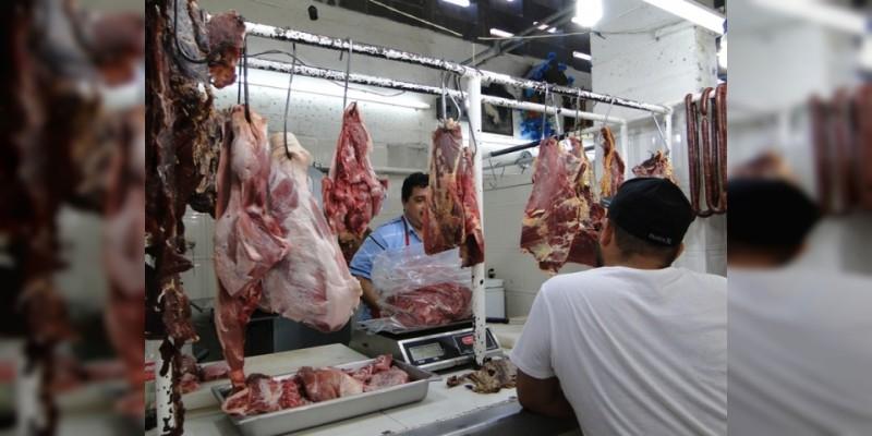 Centros de abastos ofertan productos hasta 30% más baratos en Morelia
