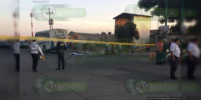 Muere niña al ser atropellada en Uruapan