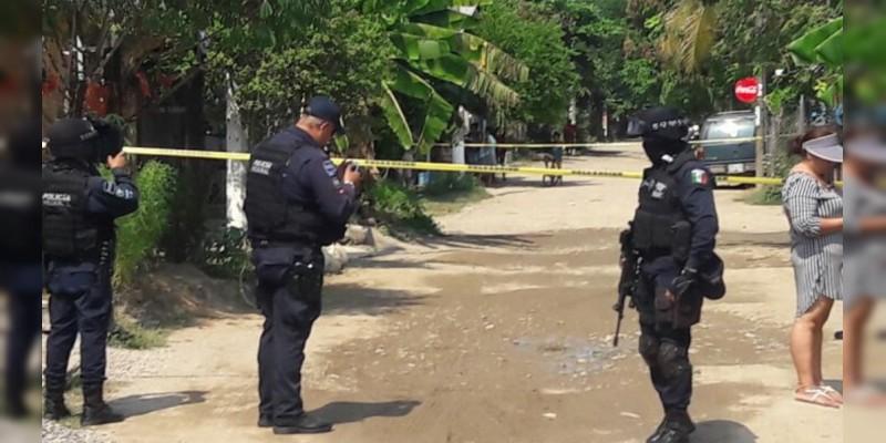 Ejecutan a Policía Municipal con cuerno de chivo en Atoyac