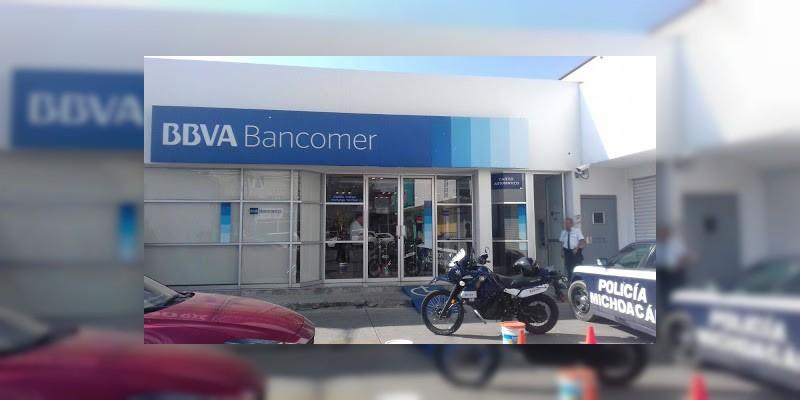 Asaltan Bancomer de avenida Ventura Puente en Morelia