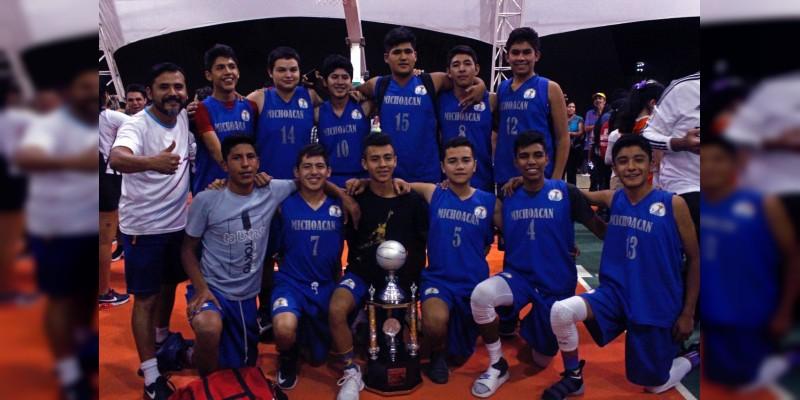 Ganan jóvenes michoacanos segundo lugar en básquetbol en la Espartaqueada Deportiva Nacional de Antorcha
