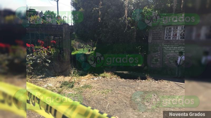 Hallan muerto sexagenario en Uruapan, Michoacán