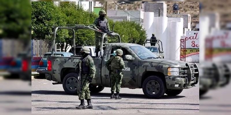 Detienen a tres con armas largas en Buenavista, Michoacán