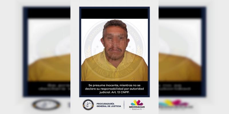 Rescatan a secuestrado y detienen a dos hombres en Hidalgo, Michoacán