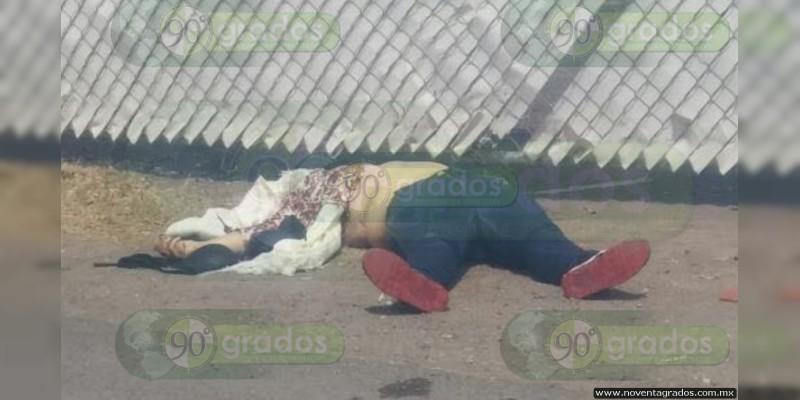 Balean y matan a mujer en su camioneta, en Iguala, Guerrero