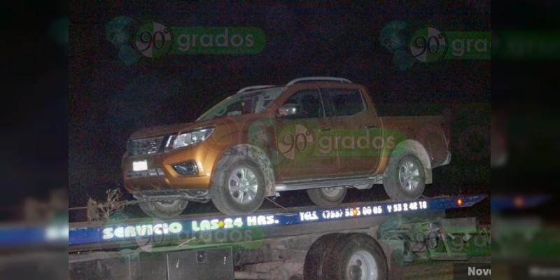 Se enfrentan a balazos delincuentes y autoridades en Lázaro Cárdenas, Michoacán