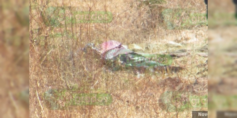 Encuentran cadáver encobijado y mensaje en Jacona, Michoacán