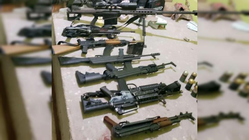 Caen dos mujeres en posesión de un arsenal en Buenavista, Michoacán