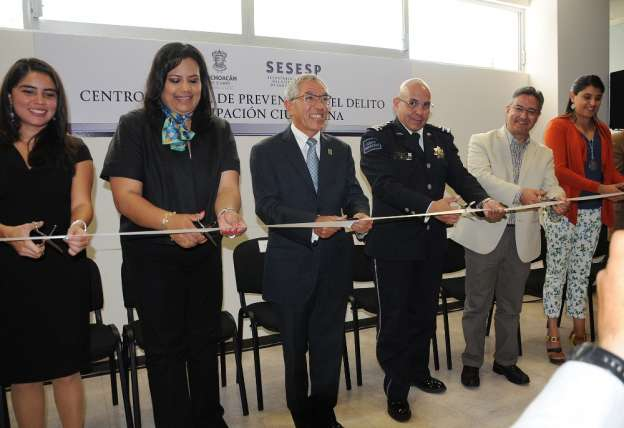 Gobierno de Michoacán adeuda 7 quincenas a especialistas en prevención, denuncian