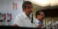 Líder del PRI apoya la decisión de Silvano