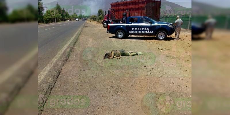 Muere atropellada una mujer en Tangancícuaro, Michoacán