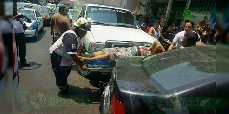 Se enfrentan a balazos policías federales y civiles en Acapulco