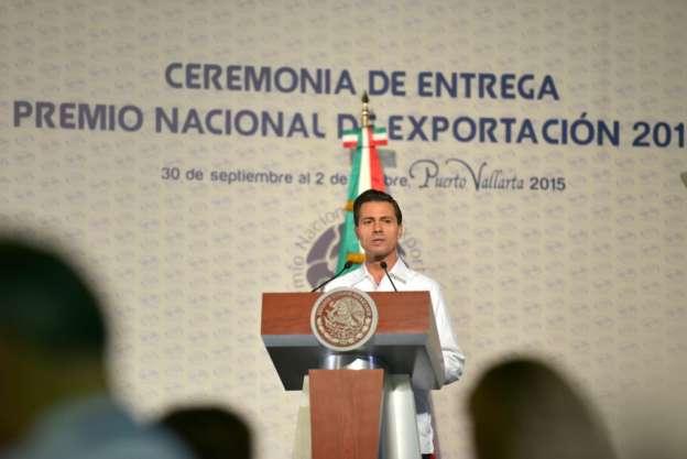 Entrega Enrique Peña Nieto el Premio Nacional de Exportación