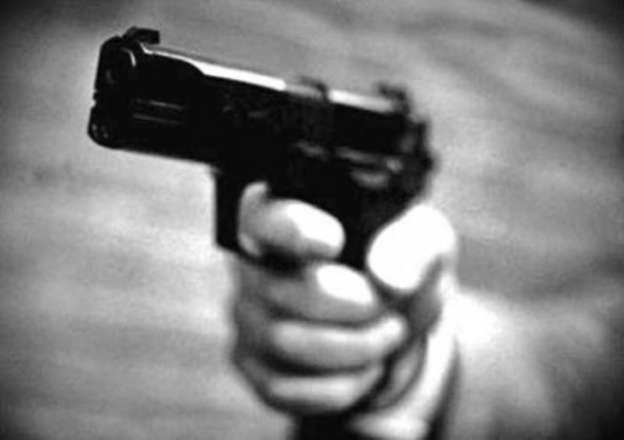 Sujetos armados asaltan negocio en Morelia