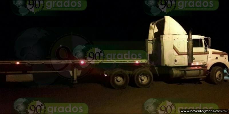 Recupera SSP dos camiones robados en Uruapan, Michoacán