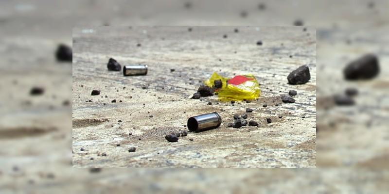 Lo asesinan a balazos junto a gasolinera en la Celaya - Querétaro, en Guanajuato