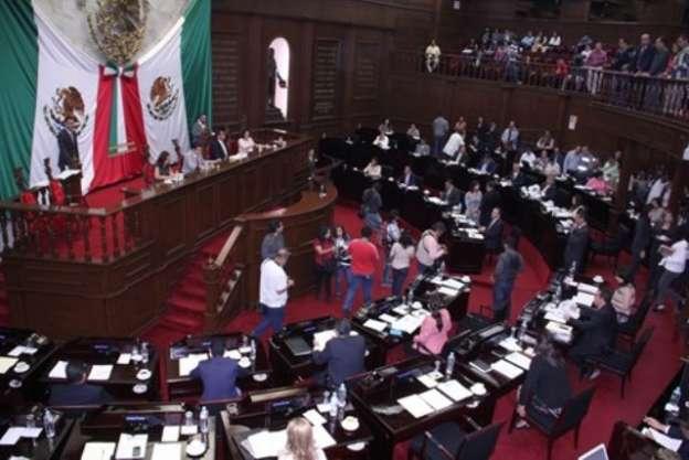 Plantean al Congreso de Michoacán crear figura de iniciativa ciudadana en materia tributaria o fiscal