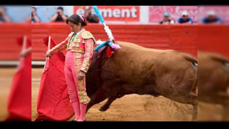 Dan trato y espacio destacados a la moreliana Hilda Tenorio entre los toreros más prestigiados de la historia