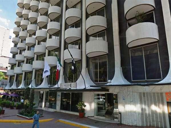 Hallan sin vida a pareja rusa en hotel de la Zona Rosa