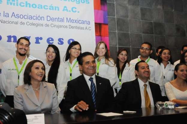 Trabajar por los jóvenes garantiza mejores condiciones de bienestar para Michoacán: Silvano Aureoles