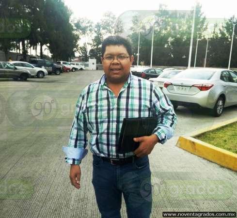 """Usted disculpe"" le dicen a Alcalde michoacano luego de detenerlo por error"