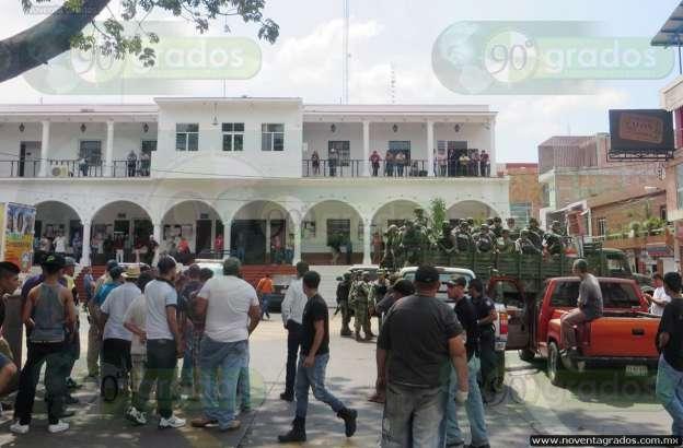 Ejército decomisa armas de la Fuerza Rural