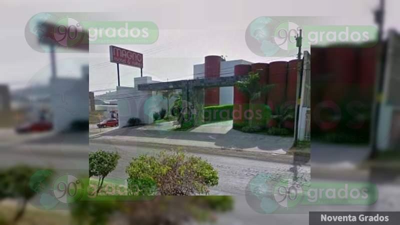 Balean a pareja en un cuarto del Motel Magno de Morelia, Michoacán, el hombre muere