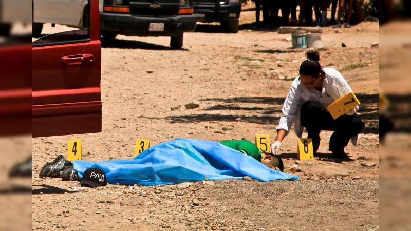 Un muerto y dos heridos en balacera en Paracho, Michoacán