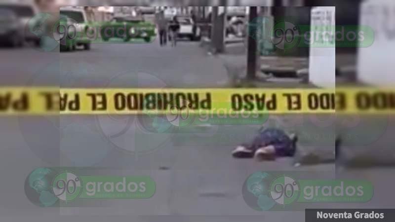 En asalto apuñalan y matan a mujer en Lázaro Cárdenas, Michoacán