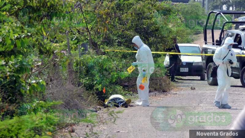 Lo hallan muerto sobre la Iguala - Teloloapan, en Guerrero