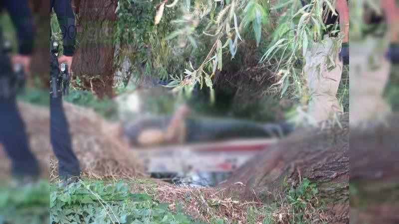 Asesinan a tres y los arrojan a río en Zamora, Michoacán