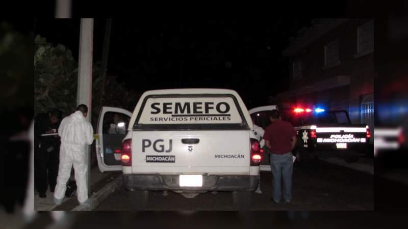 Lo hallan muerto junto al Deportivo Monarcas en Morelia, Michoacán