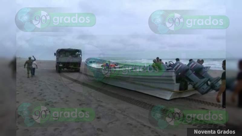 Asegura Marina combustible y cocaína en altamar en Lázaro Cárdenas, Michoacán