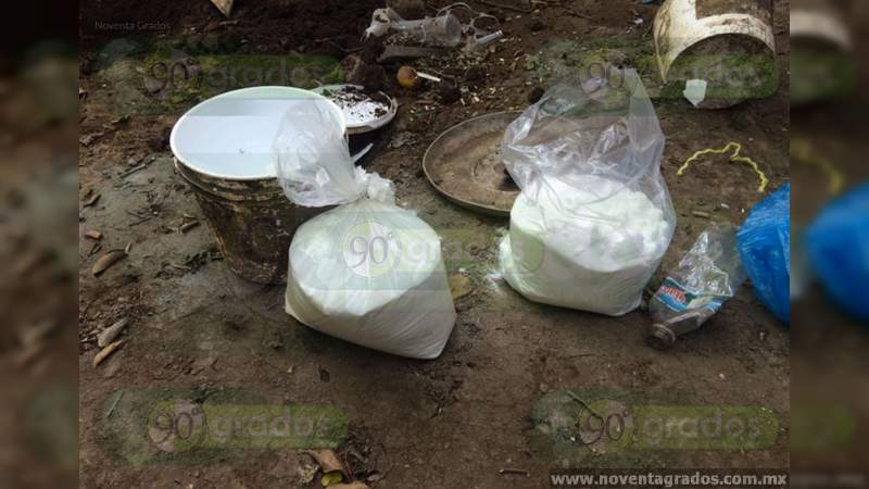 Aseguran dos kilos de metanfetamina abandonada en Lagos de Moreno, Jalisco