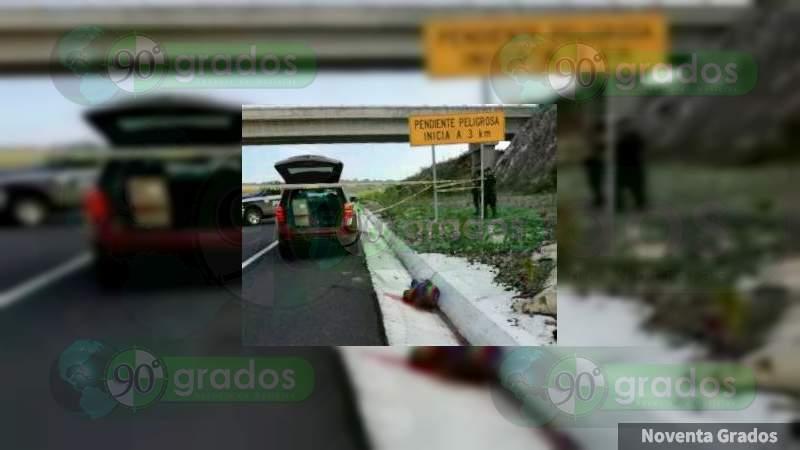 Asesinan a dos automovilistas en la Pátzcuaro-Cuitzeo