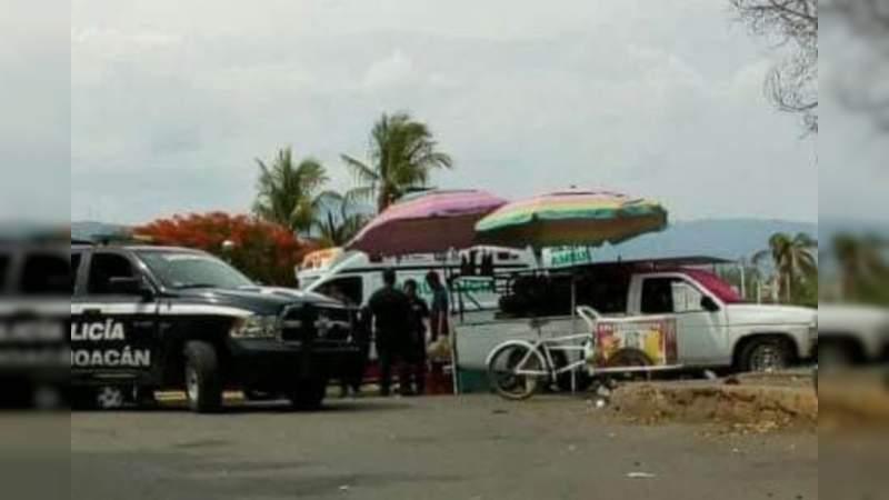 Balean y hieren gravemente a comerciante en Apatzingán, Michoacán