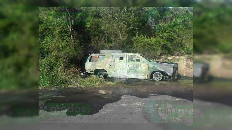Una camioneta blindada artesanalmente es hallada calcinada en Jerécuaro, Guanajuato