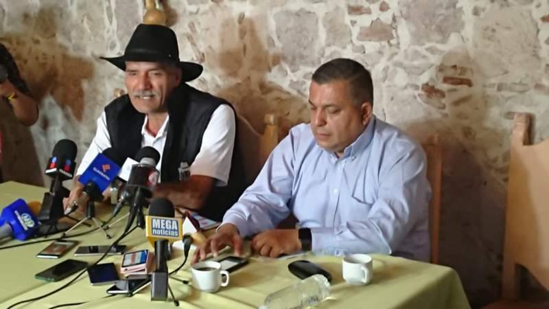 Mireles demandará a Alfredo Castillo Cervantes y a José Martín Godoy Castro