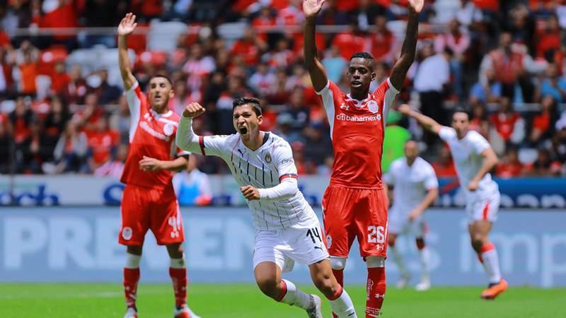 Chivas suma su primer punto del torneo