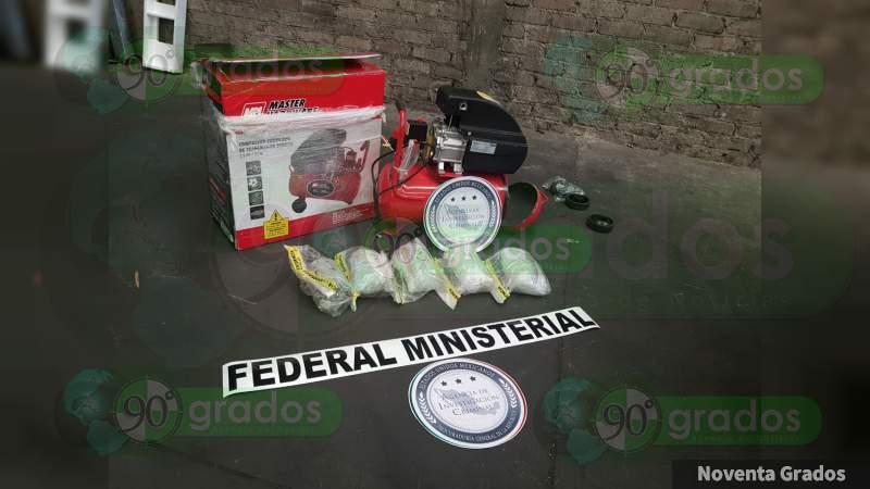 Aseguran casi 5 kilos de metanfetamina en paquetería de Morelia