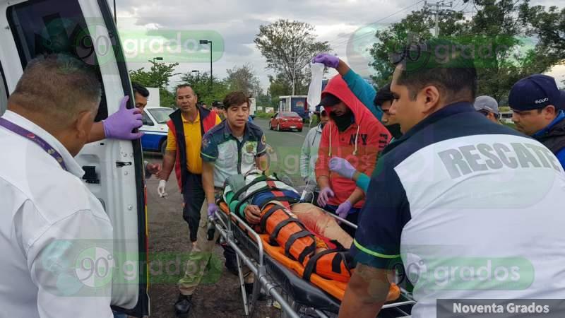 Motociclista resulta mutilado tras accidentarse en Zamora, Michoacán