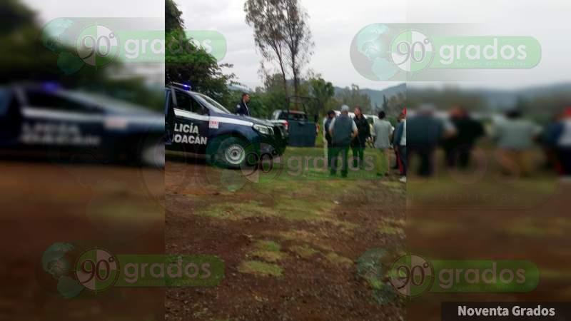 Localizan el cadáver de una mujer en Tangancícuaro, Michoacán