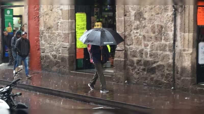 Nuevamente las lluvias afectan a la capital michoacana