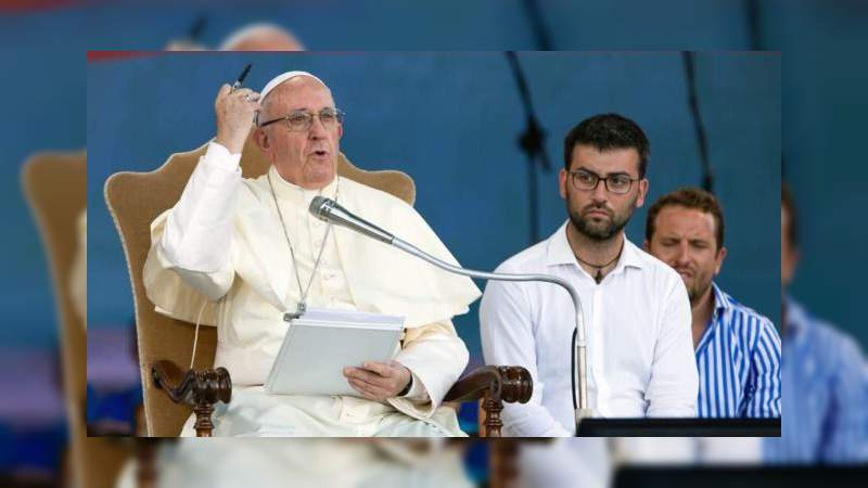 """Papa Francisco crítica la """"libertad sin límites"""""""